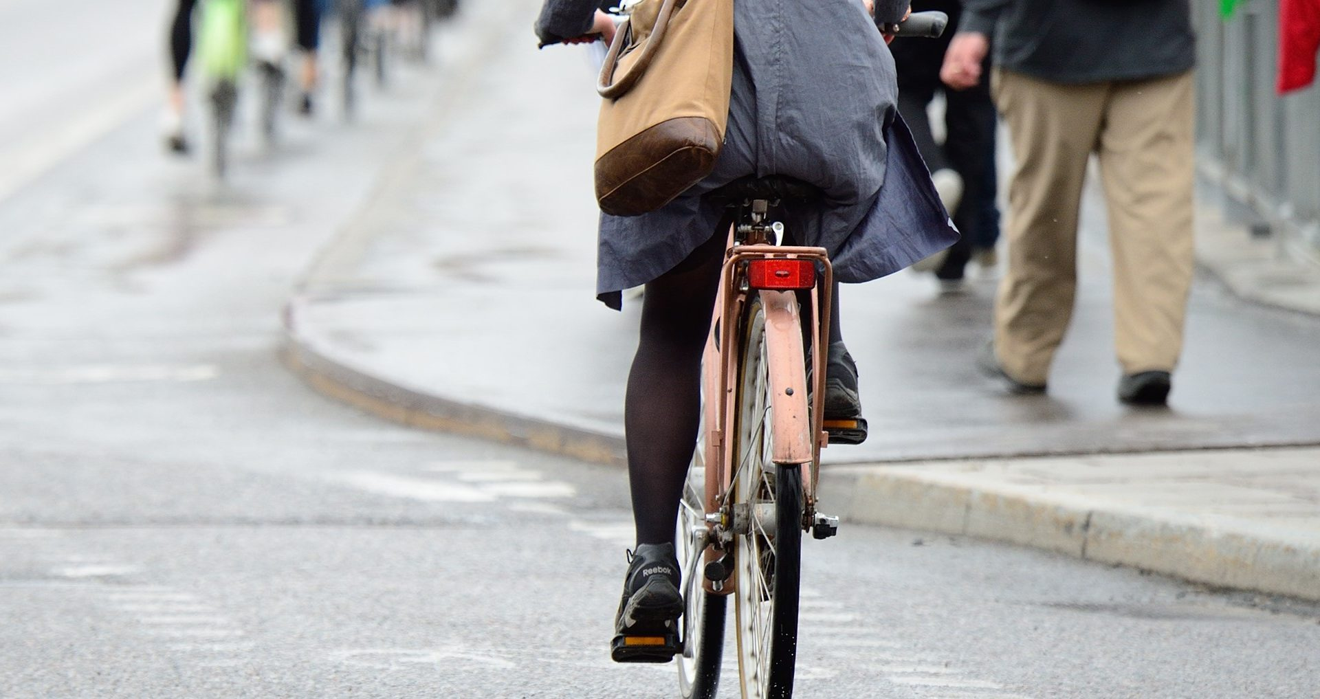 Kick the car: the lifestyle change for cleaner air
