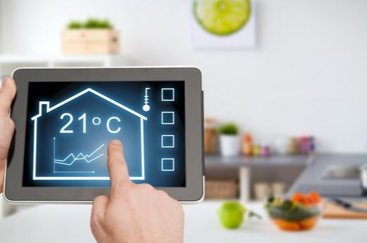 Heat decarbonisation in the UK – National scenarios vs practical local options