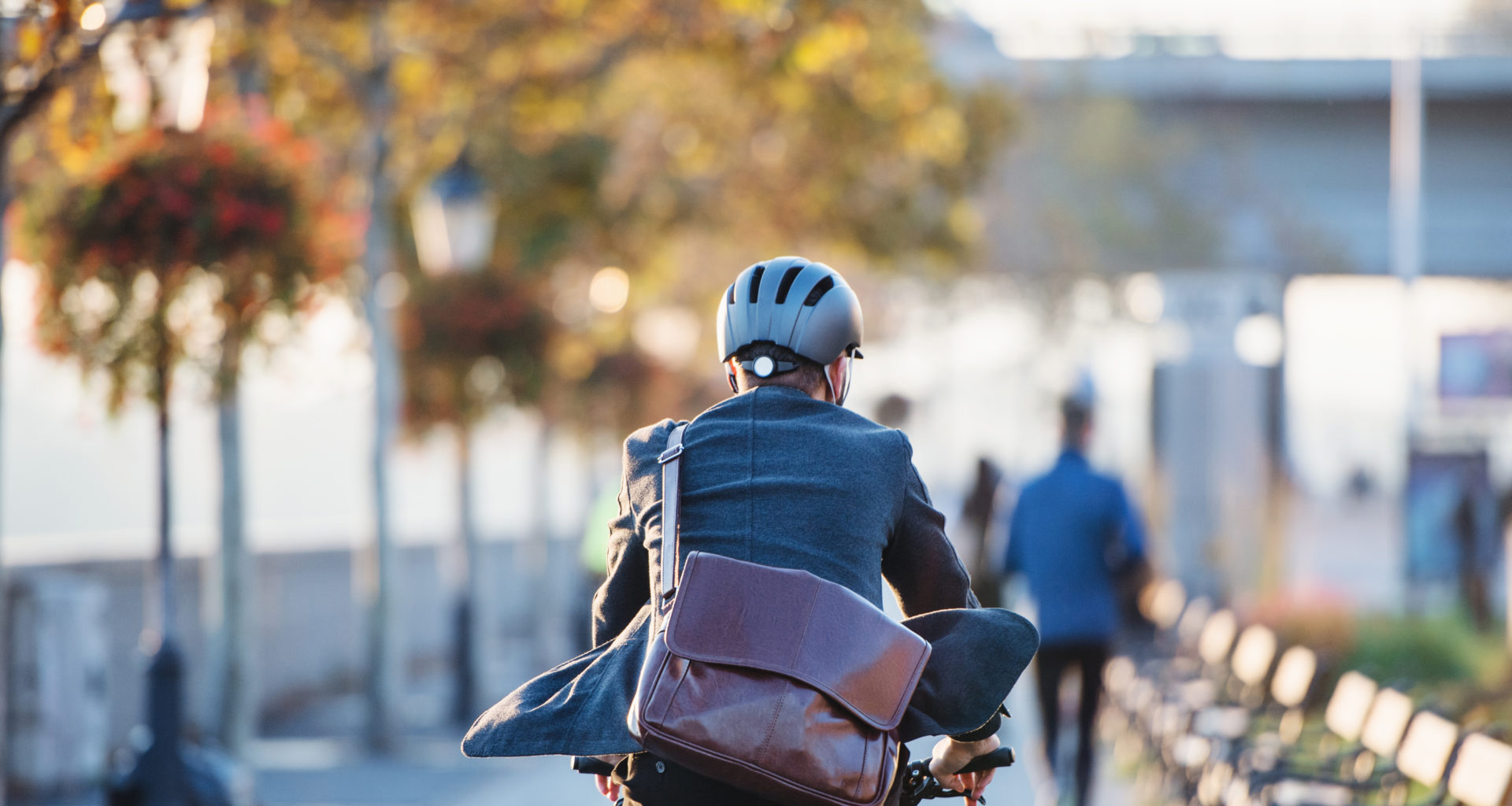 Blog: Cycling is ten times more important than electric cars for reaching net-zero cities